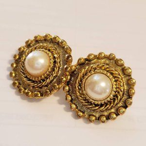 Vintage Earrings Clip On Costume Jewelry Gold